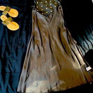 100% silk tea length 3button neck closure dress
